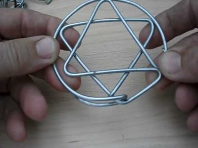 Juegos de alambre, triángulos, círculos, estrellas.