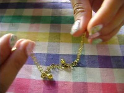 DIY:  Bracelet with Christmas Polymer Charms!!! Pulsera Navideña!!  by Silennia