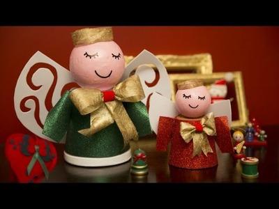Muñecos navideños reciclando macetas
