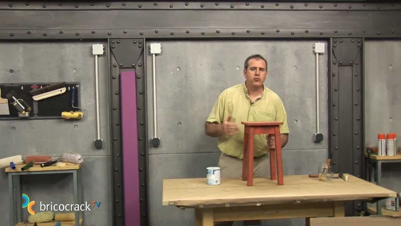 Pintar y repintar objetos y superficies de madera (BricocrackTV)