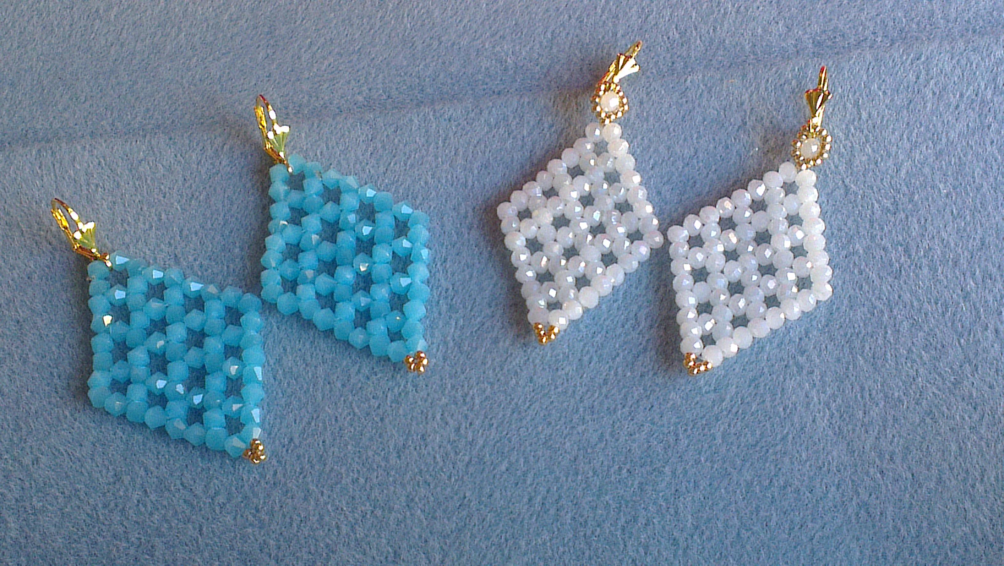 PENDIENTES AZUL Y BLANCO JADE-EARRINGS BLUE AND WHITE JADE
