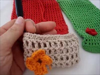 Bolsito de ganchillo (crochet) en punto calado con flor