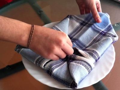 Servilletas decorativas: cómo doblar una servilleta en forma de lirio