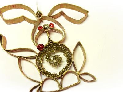 Adorno hecho con tubos de cartón. Recycled ornament.