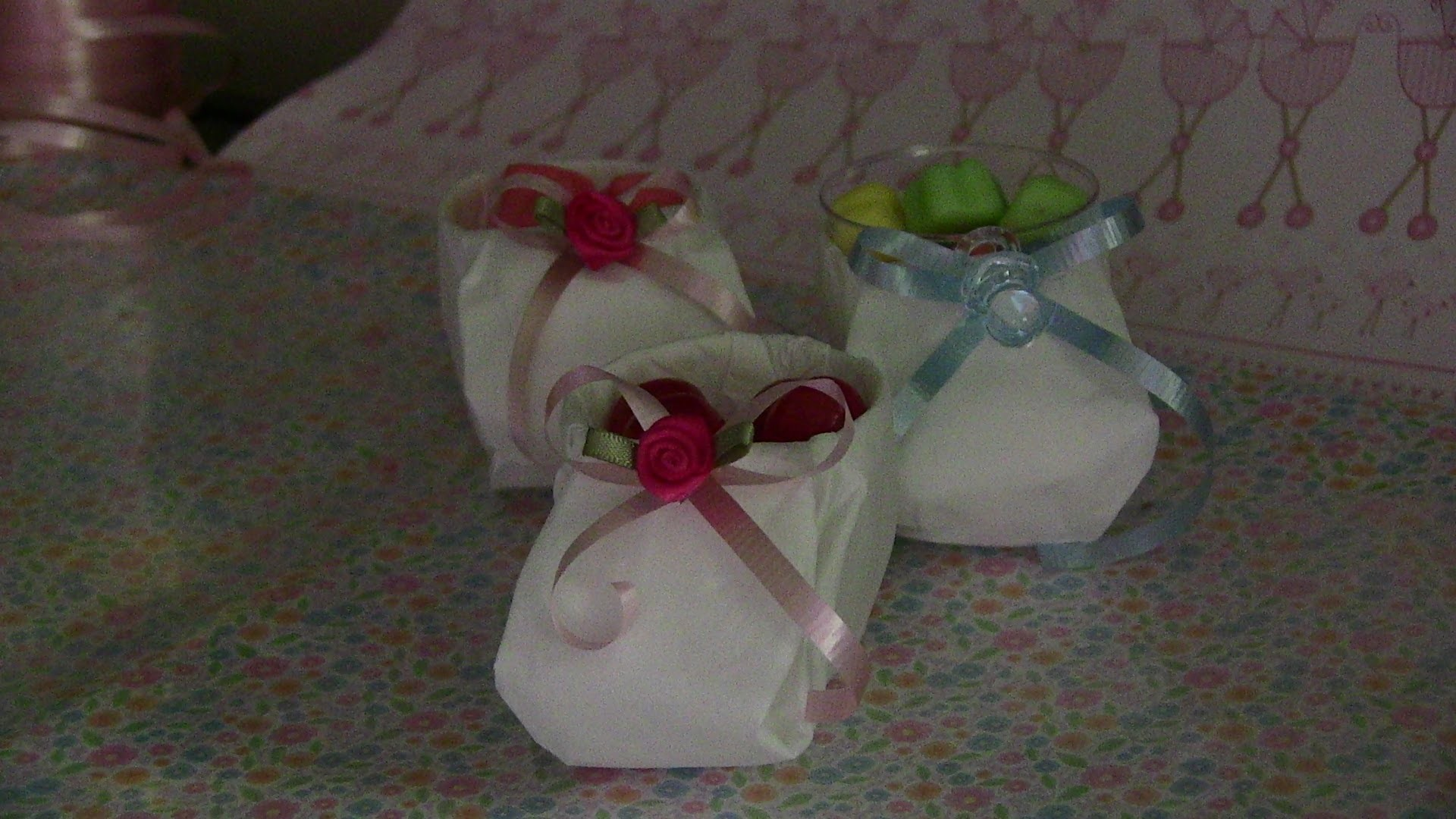 Baby Shower. dulceros zapatitos de papel muy faciles de hacer