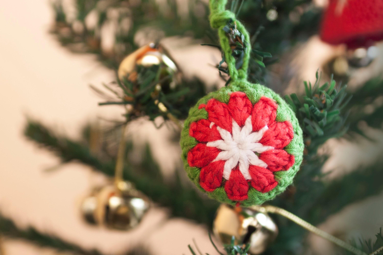 Cómo hacer una bola de ganchillo para el árbol de Navidad   Christmas tree crochet ball