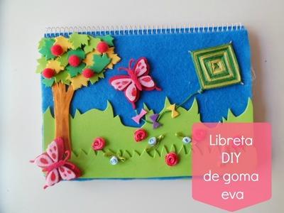 Manualidades Infantiles: Libreta DIY decorada con goma eva
