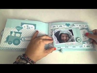 Mini álbum de bebé  hecho con papel scrapbook