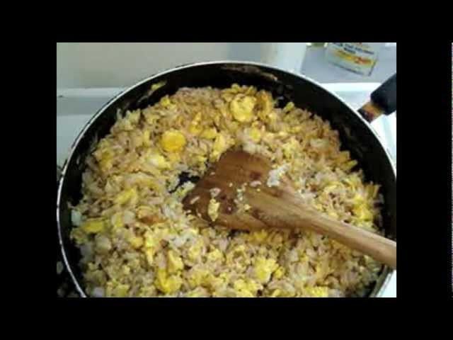 Receta de arroz frito con huevo desayuno chino - La receta de la abuelita