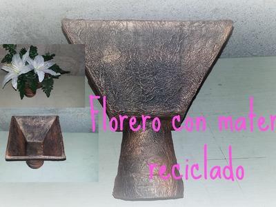 MANUALIDADES FACILES FLORERO CON MAT  RECICLADO MANUALIDADES BARATAS DIY DE RECICLAJE