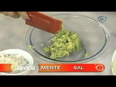 ¿Cómo preparar tacos de guacamole con salsa de tomatillo y carne?. Cocinemos Juntos