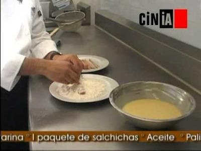 Gastronomía CINIA - Banderillas de Salchicha