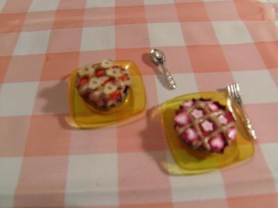 DIY Miniatura de tarta de frutas para tus muñecas