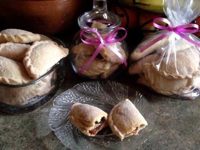 Empanadas finas rellenas de mermelada de fresa y cajeta!!!!