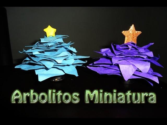 Arbolitos de Navidad Miniaturas hecho de Triangulos de papel--DIY