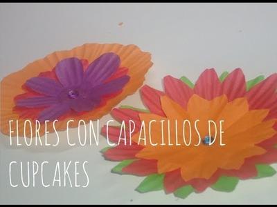 Cómo hacer flores con capacillos de cupcakes MANUALIDADES CON LUNA [episodio 13]