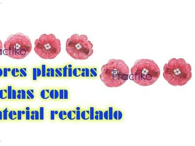 FLOR HECHA CON BOTELLA DE PLASTICO. MATERIAL DE RECICLAJE, MANUALIDADES