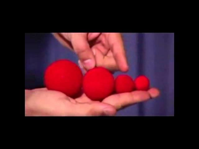 """1 """"Bolas de ganchillo (rojo) por Uday - Trick - asdetrebol.com"""