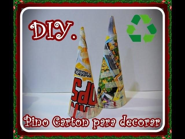 Diy. Como hacer un pino de carton para decorar. Diy. How to make a cardboard pine tree to decorate.
