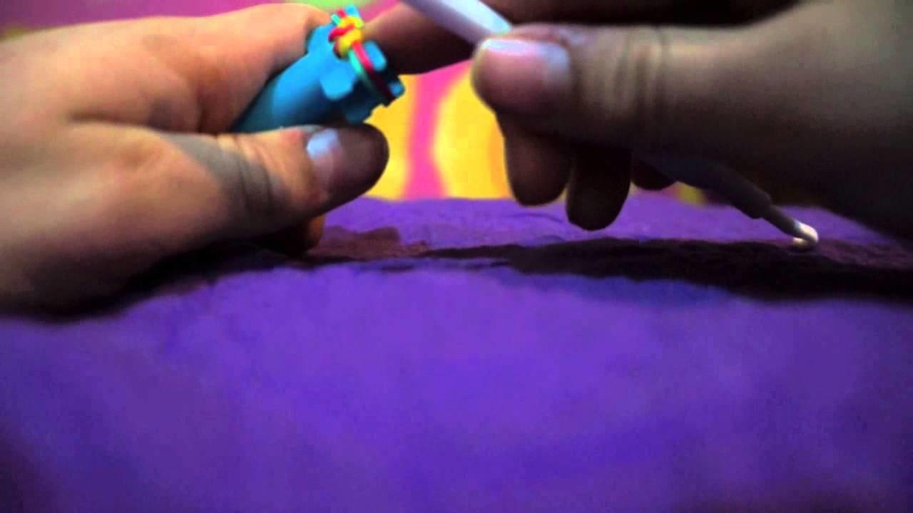 Rainbow loom ·Fishtail· con el mini rainbow loom