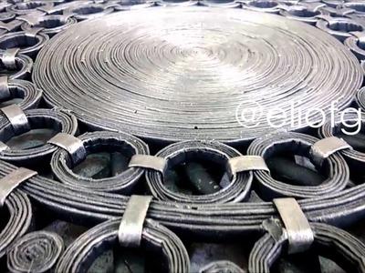 Artesanal de papel periódico. Diseños de Eliof Gil