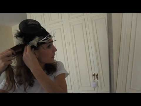 Cómo llevar un tocado de manera informal. How to wear a headdress in a casual look