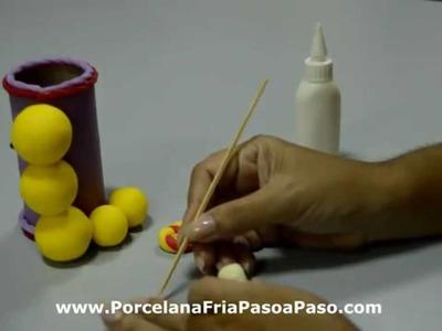 Porcelana Fria: Gusanito Portalápices (2.2) en Porcelana Fria