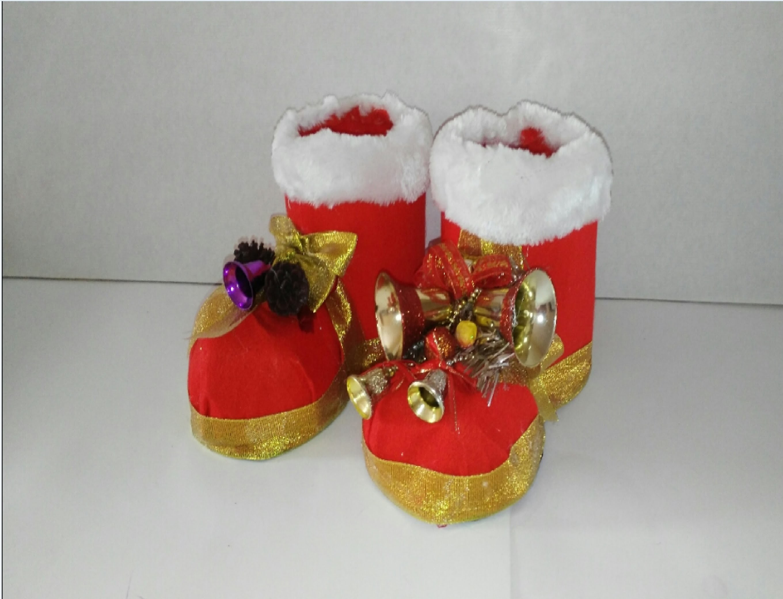 Como hacer botas de navidad con botellas de plastico - Como hacer adorno de navidad ...