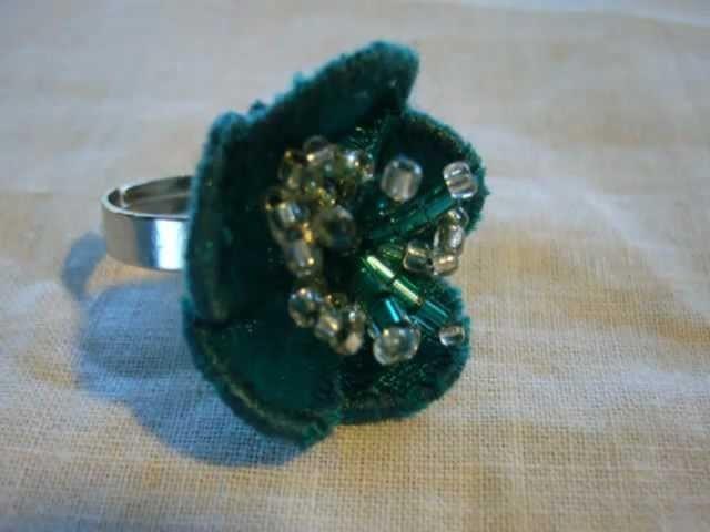 MAGAHALYA accesorios de moda y diseño ( moda bijou collar aros anillo ) www.magahalya.blogspot.com