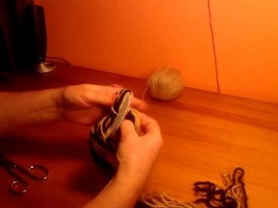 Manualidades: cómo hacer un pompón de lana