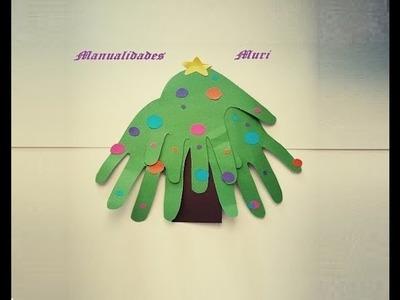 Manualidades. Árbol de Navidad de papel muy fácil para niños