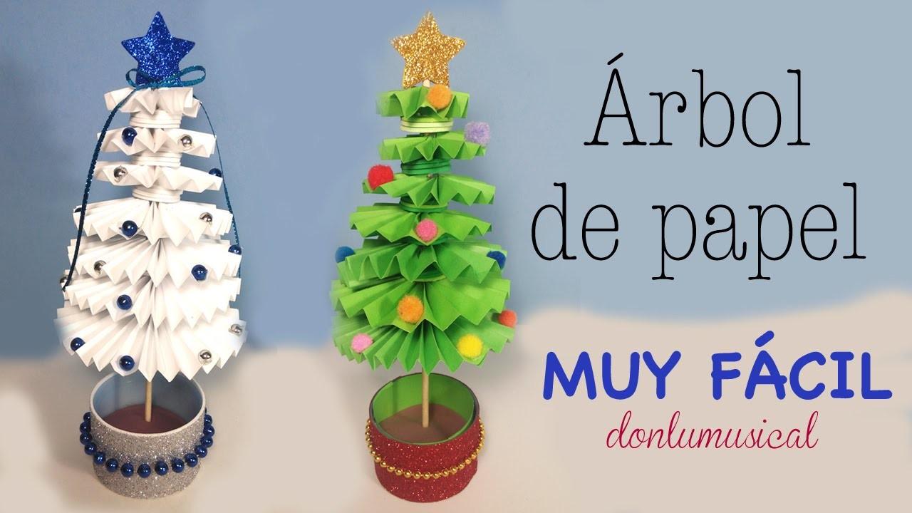 Árbol de Navidad de papel. Paper christmas tree