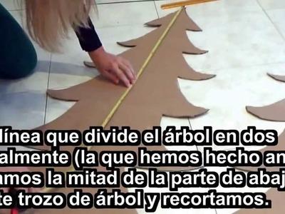 ÁRBOL DE NAVIDAD CASERO . Christmas tree home.
