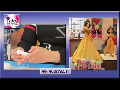 Cómo modelar cuerpo de muñecas en porcelana fría