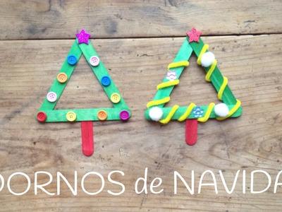 Adornos Navideños para niños: árbol de navidad reciclado