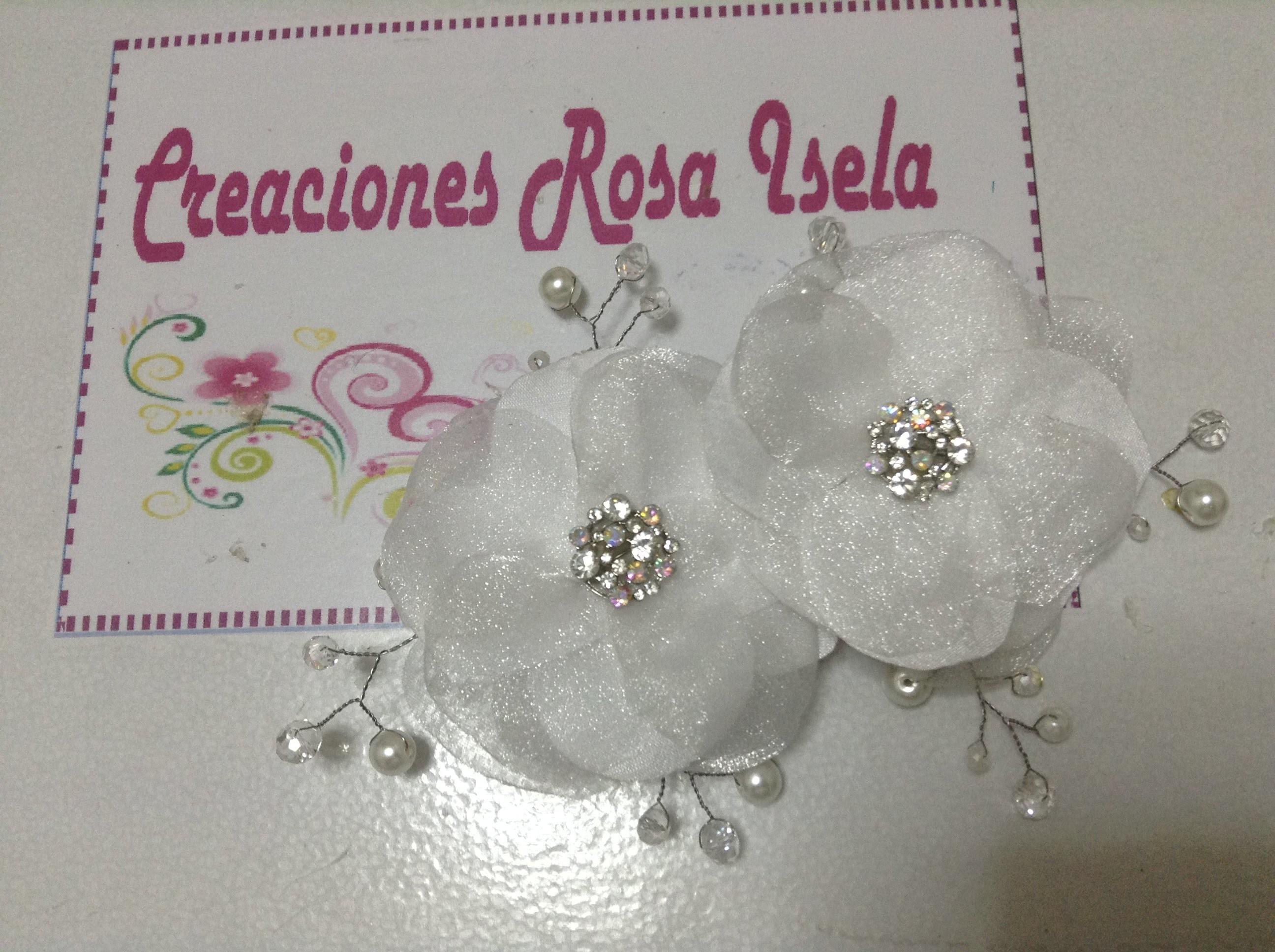Tocado con flores, piedras y perlas para el cabello