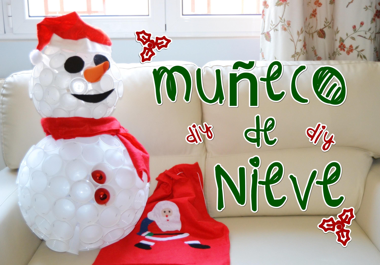 DECORACIÓN NAVIDEÑA. DIY. Muñeco de nieve con vasos de plastico. ♥