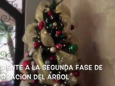 Cómo Decorar un Arbol de Navidad (Primera Fase)