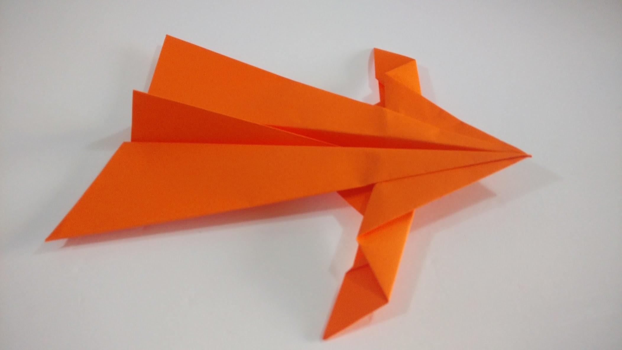 Como hacer un avion de papel planeador