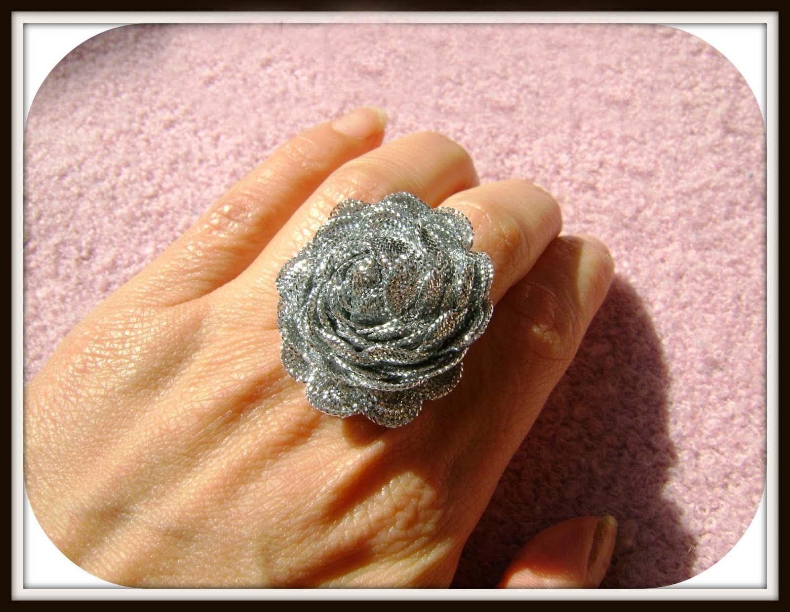 DIY Anillo flor de cinta - Flower Ring