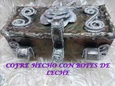 Cofre hecho con bote de leche. Chest box made with milk bottle