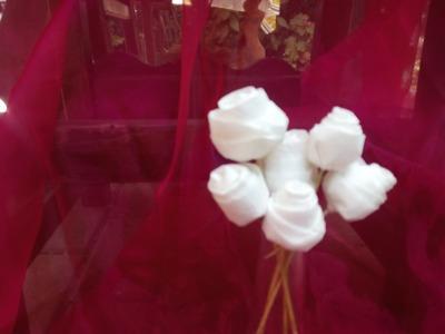 Diy Como hacer rosas de pitiminí con papel higiénico 7ª