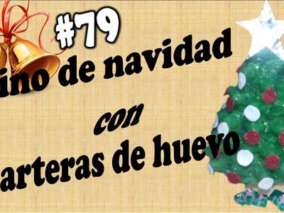 Pino de navidad con carteras de huevo (recicla).ELIZABETH M.C.