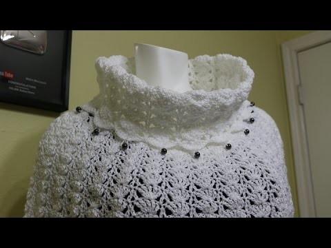 Capa Blanca Cuello y Cuentas Crochet