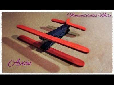 Manualidades, Avión con Pinza y Palos de Helado.