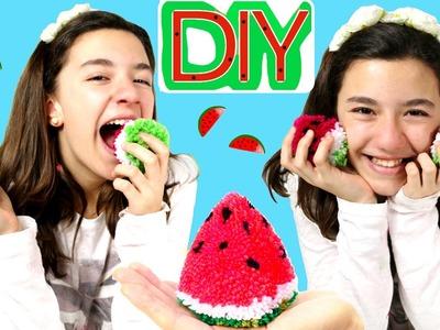 Cómo hacer un pompón con forma de Sandia. DIY Watermelon pompom