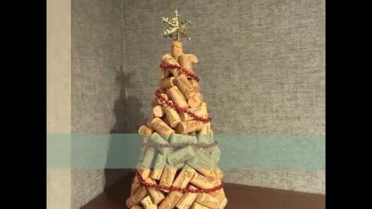 Christmas tree with corks. Árbol de Navidad con Corchos. Beronia