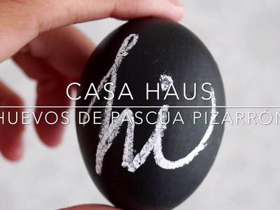 DIY: Huevos de Pascua de pizarrón (y cómo vaciarlos para decorarlos)