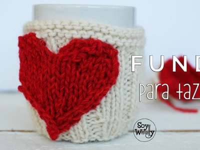 Cómo tejer un cubre tazas o funda con corazón para San Valentín