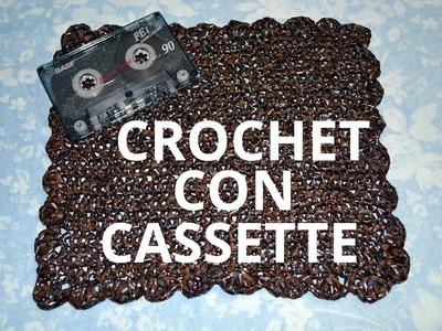 Como tejer crochet con cintas de cassette tutorial paso a paso.